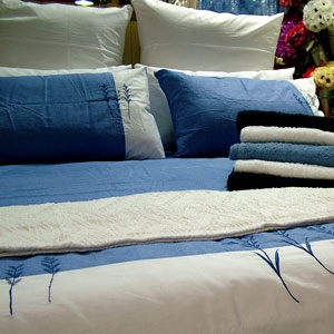 Regular 8-oz Bedspreads